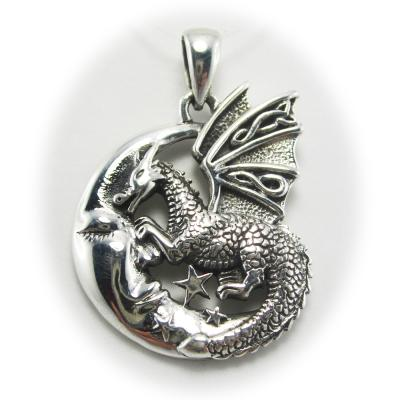 Pendentif Peter Stone Slumbering Dragon on Moon